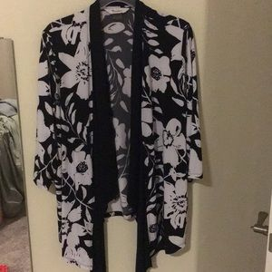 Floral, open front, light jacket - TanJay